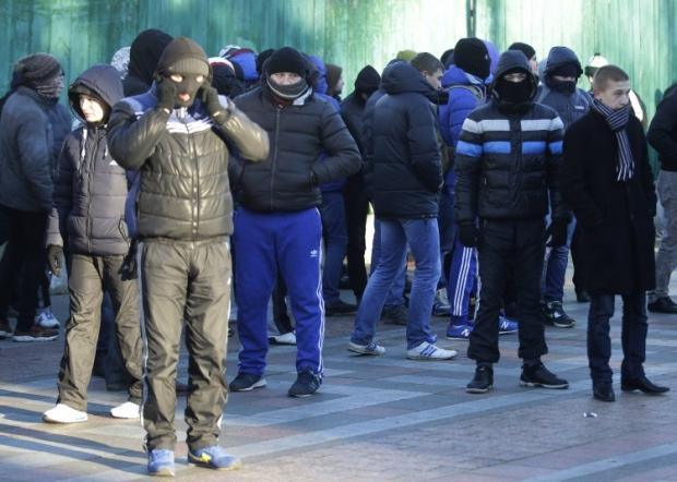 """Titushki"" on their way to Mariinskiy Park"
