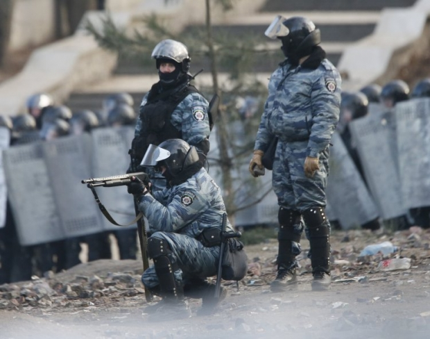 Снайперы спецподразделения милиции